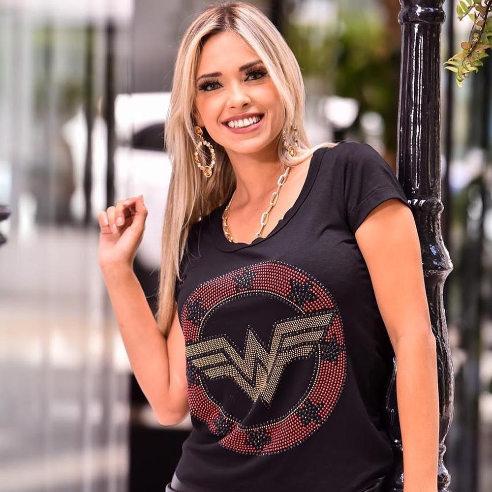 Camiseta Mulher Maravilha - Arrazô Moda Feminina - Presentes para o Dia das Mães - Shopping Galeria